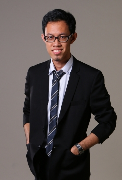 dr. Rizky Eka Putra Yuriza